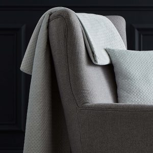 Silentnight Velour Pinsonic Throw